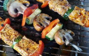5 Healthy Mouthwatering Veggie & Fruit Grilling Ideas