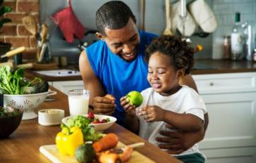 Mindful Nutrition: Teaching Kids Mealtime Mindfulness For Healthy Habits