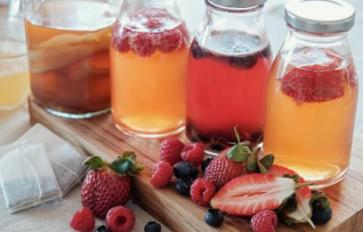 5 Healthy Reasons To Sip On Kombucha