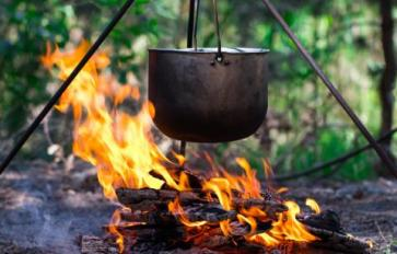 Off-Grid Cooking: Campfire Chili