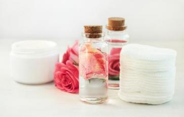 Here's How To Make Your Own Rose Water—& Use It