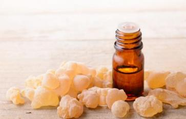 Essential Oils: Frankincense & Living Your Dharma